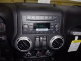2012 Jeep Wrangler Sahara 4x4 Controls