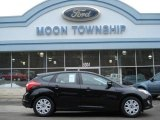 2012 Black Ford Focus SE 5-Door #60045287