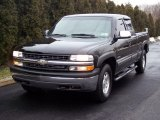 Onyx Black Chevrolet Silverado 1500 in 2001