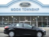 2012 Tuxedo Black Metallic Ford Focus SE Sedan #60506538