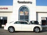 2005 Cool Vanilla Chrysler 300 Touring AWD #60561470