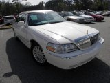 2005 Ceramic White Tri-Coat Lincoln Town Car Signature #60753016