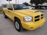 2006 Dodge Dakota R/T Club Cab Data, Info and Specs