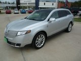 Lincoln MKT 2012 Data, Info and Specs