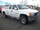 2002 GMC Sierra 2500HD SL Extended Cab Data, Info and Specs