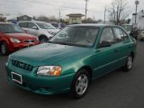 Hyundai Accent 2000 Data, Info and Specs