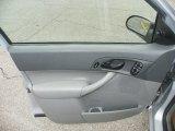 2005 Ford Focus ZXW SES Wagon Door Panel