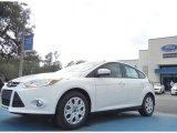 2012 Oxford White Ford Focus SE 5-Door #61344501