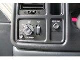 2002 Chevrolet Silverado 1500 LS Regular Cab 4x4 Controls