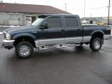2002 Ford F350 Super Duty XLT Crew Cab 4x4 Data, Info and Specs