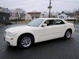2005 Cool Vanilla Chrysler 300 Limited #61702420