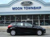 2012 Black Ford Focus SE 5-Door #61908113