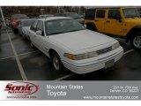 Ford Crown Victoria 1993 Data, Info and Specs