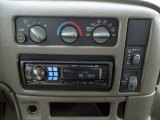 2003 Chevrolet Astro LS Controls