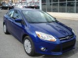 2012 Ford Focus SE SFE Sedan Front 3/4 View