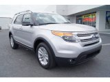 2013 Ford Explorer XLT EcoBoost Front 3/4 View