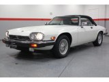Jaguar XJ 1990 Data, Info and Specs