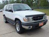 2001 Oxford White Ford Explorer XLT #62596832