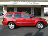 2006 Red Rock Crystal Pearl Jeep Grand Cherokee Laredo 4x4 #62596236