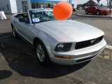 2007 Satin Silver Metallic Ford Mustang V6 Deluxe Convertible #62663020