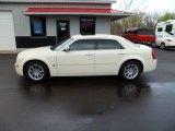 2005 Cool Vanilla Chrysler 300 C HEMI #62758317