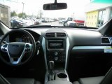 2013 Ford Explorer XLT 4WD Dashboard