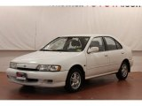 Nissan Sentra 1999 Data, Info and Specs