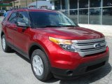2013 Ford Explorer 4WD Front 3/4 View