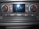 2005 Chevrolet Silverado 1500 SS Extended Cab Controls