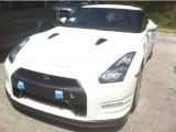 Nissan GT-R 2013 Data, Info and Specs