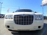 2005 Cool Vanilla Chrysler 300  #65229047