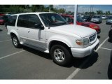 2000 White Pearl Tri Coat Metallic Ford Explorer Limited 4x4 #65480655