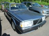 Volvo 240 Data, Info and Specs