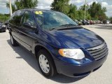 2005 Chrysler Town & Country Midnight Blue Pearl