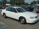 2004 Summit White Chevrolet Classic  #65780502