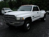 Dodge Ram 3500 2000 Data, Info and Specs