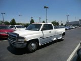 1998 Bright White Dodge Ram 3500 Laramie SLT Extended Cab Dually #66080428