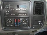 2007 GMC Sierra 2500HD Classic Regular Cab 4x4 Controls