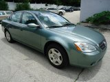 Nissan Altima 2004 Data, Info and Specs
