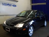2005 Pitch Black Ford Focus ZX4 SES Sedan #66774367