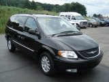 2003 Brilliant Black Pearl Chrysler Town & Country LXi #67012135