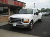 1999 Oxford White Ford F350 Super Duty XLT SuperCab Dually #67104524