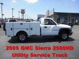 2005 Summit White GMC Sierra 2500HD Regular Cab Utility Truck #67104510
