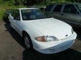 2002 Bright White Chevrolet Cavalier Coupe #67104175