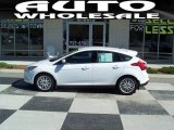 2012 Oxford White Ford Focus SEL 5-Door #67271172