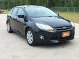 2012 Tuxedo Black Metallic Ford Focus SE 5-Door #67430309