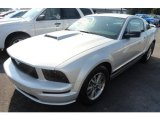 2005 Satin Silver Metallic Ford Mustang V6 Premium Coupe #67494236
