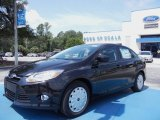 2012 Tuxedo Black Metallic Ford Focus SE SFE Sedan #67593684