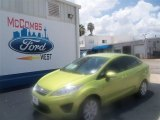 2013 Lime Squeeze Ford Fiesta SE Sedan #68042649