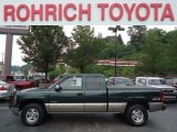 Medium Green Pearl Metallic Chevrolet Silverado 1500 in 2001